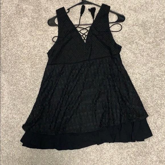 Dresses & Skirts - Black lace up dress
